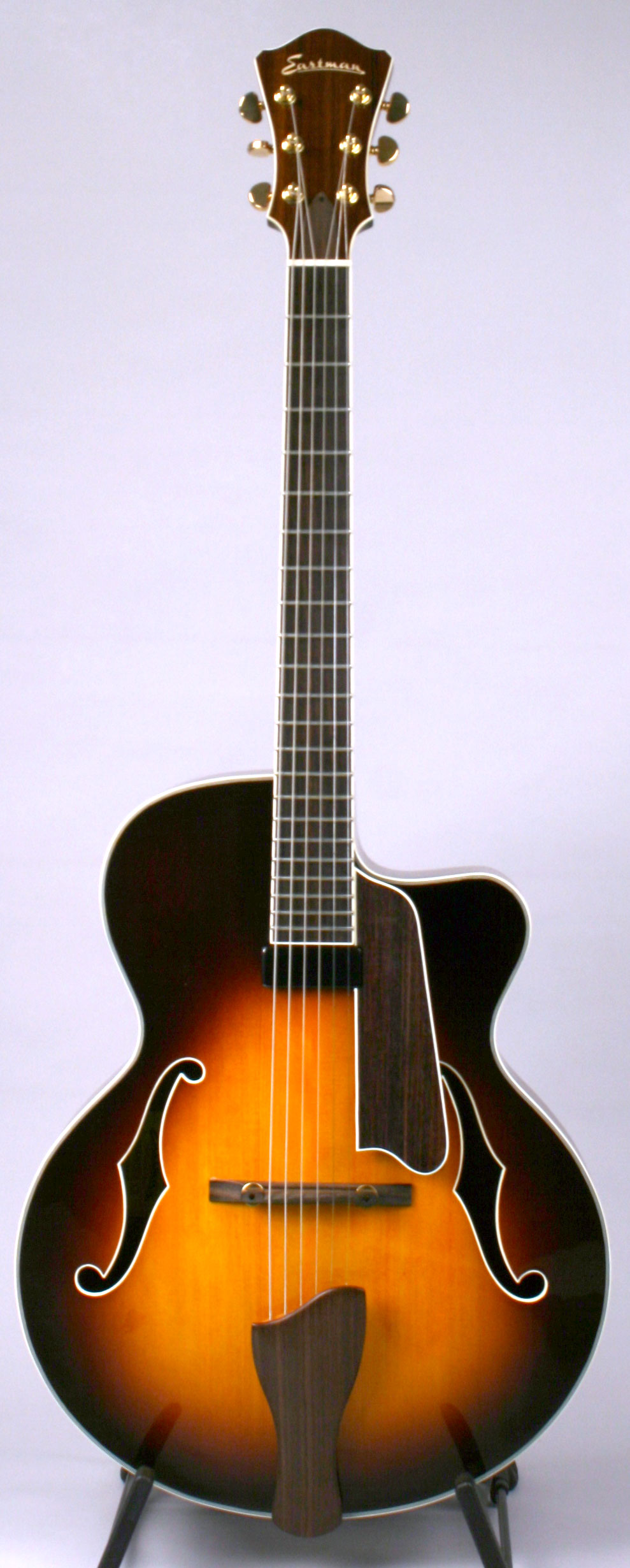 Eastman AR605CE-CS Electric Archtop