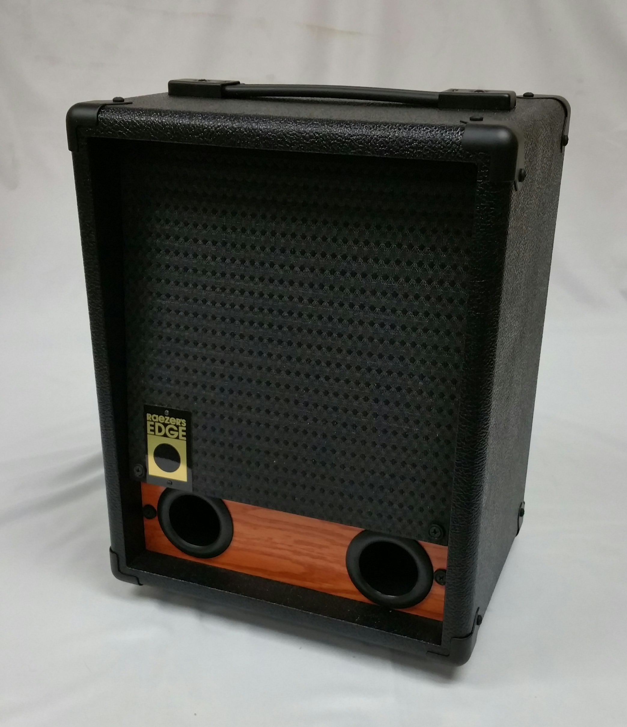 Raezer's Edge NY8 Speaker Cabinet (Includes Cover)