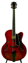 Eastman AR810CE Uptown Archtop