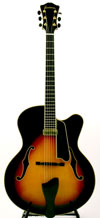 Eastman AR910CE-SB Uptown Archtop