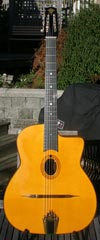 Peter Zwinakis 2010 Oval Hole 14 Fret (SOLID Brazilian Back and Sides) with Hardshell Case